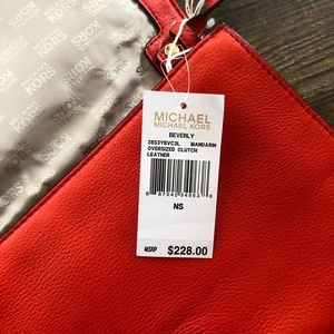 NWT Michael Kors Beverly Bag